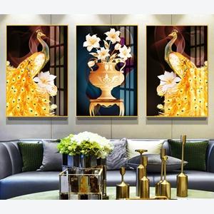 Bộ 3 tranh lọ hoa và chim công vàng