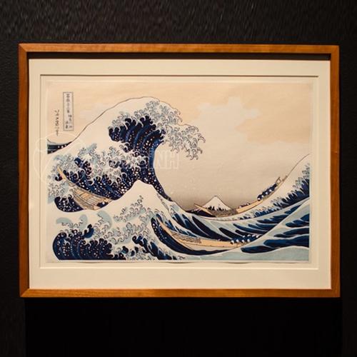 Sóng lừng ngoài khơi Kanagawa