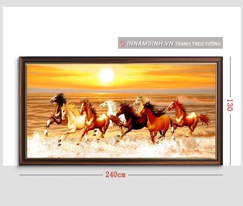 Tranh mã đáo thành công, ngựa phi trên bãi biển
