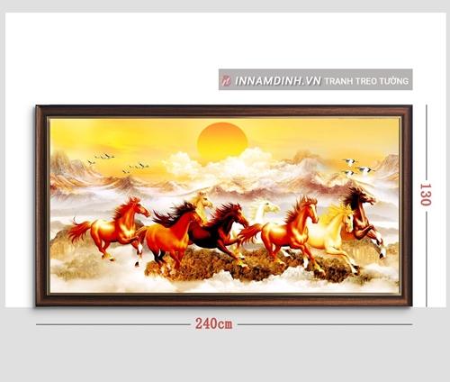 Tranh mã đáo thành công, đàn ngựa phi và chim vàng