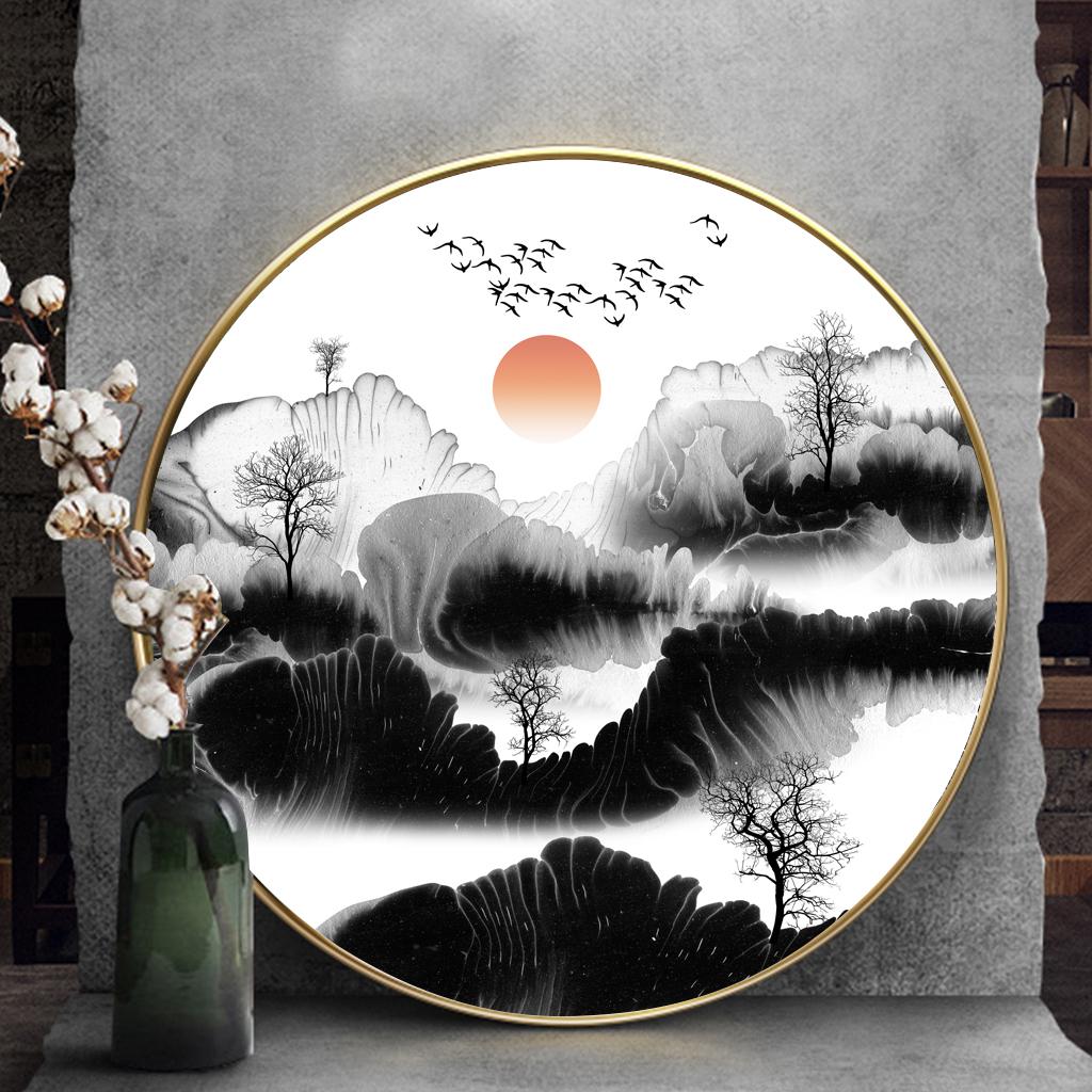 Tranh tròn, sơn thủy hữu tình dãy núi và mây