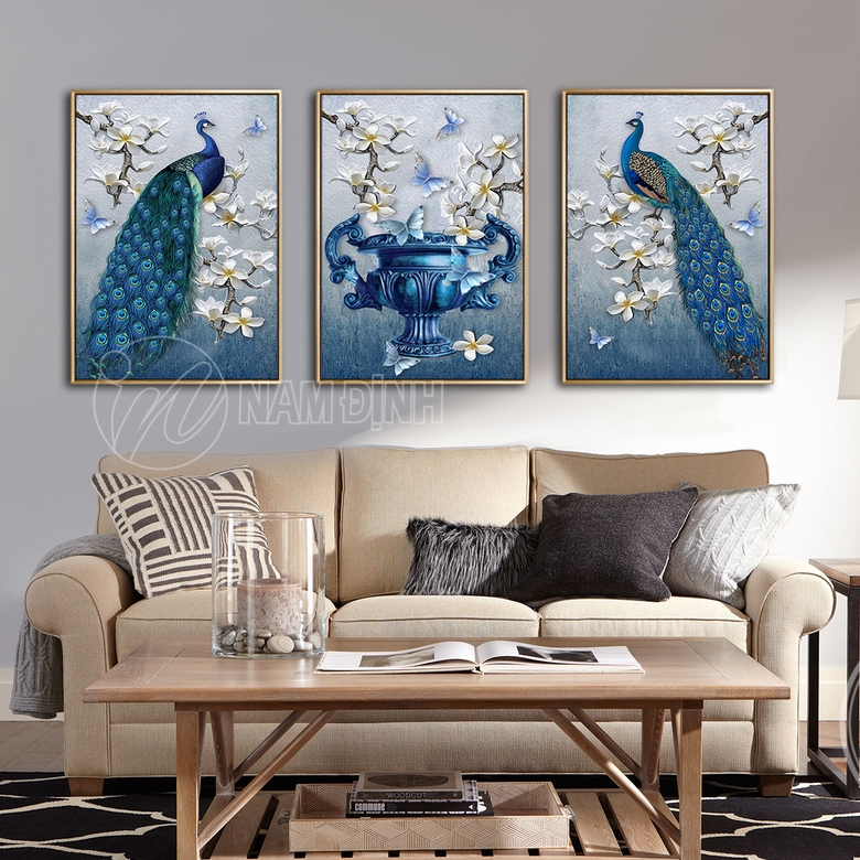 Chim công hoa mộc lan