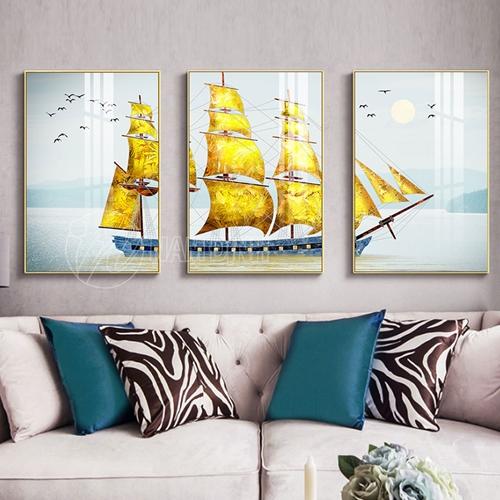 Thuyền buồm vàng
