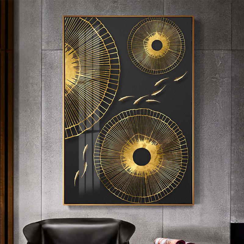 Tranh trừu tượng, đàn cá vàng và hình tròn vàng kim