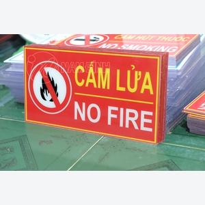 Bảng hiệu cấm lửa