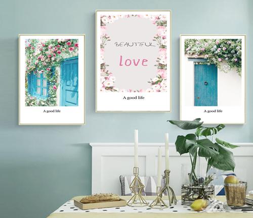 Tranh bộ 3 bức hoa và khung cửa xanh