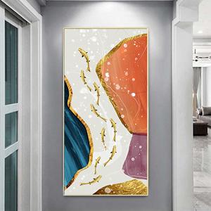 Tranh treo tường, đàn cá vàng và hình trừu tượng